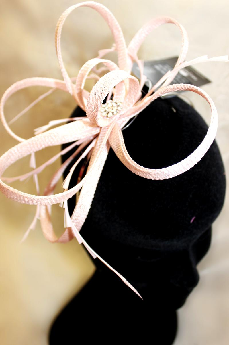 Pale pink fascinator - Corner Treasures 923d0e0f59f